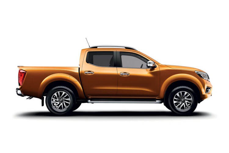 Nissan Navara PickUp DoubleCab 4wdS 2.3 dCi 4WS 190PS Tekna Pickup Double Cab Manual [Start Stop] back view